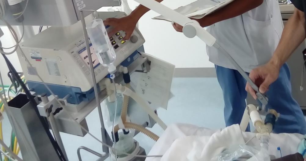 臨床業務 人工呼吸器業務