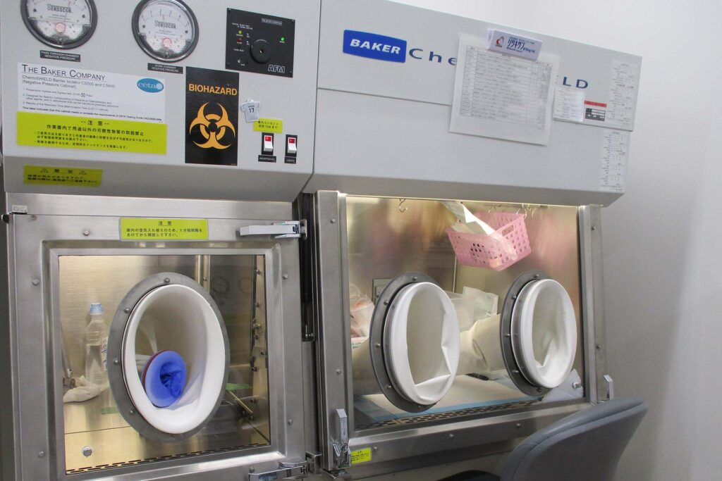 抗がん剤調製室1